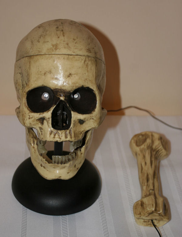 halloween boris talking skull w microphone animated prop - Talking Skull Halloween